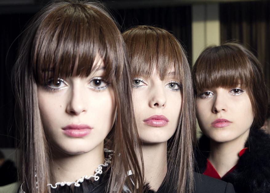 Пошаговый гид, как повторить макияж с шоу Emporio Armani | Vogue Ukraine