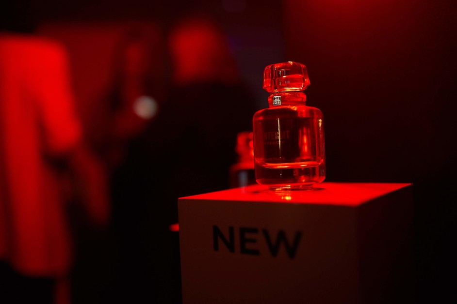 Легенды осени: презентация сезонных новинок Givenchy