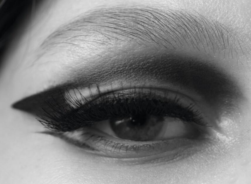 Всевидящее око: косметика, которая смотрит на тебя