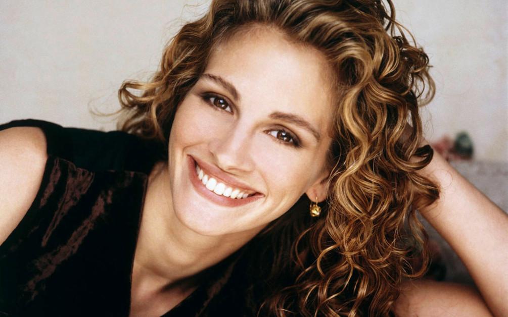 От улыбки: все, что нужно знать о современной гигиене зубов и десен