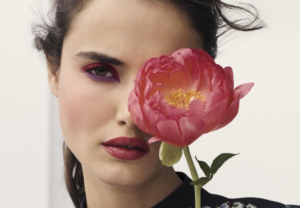 Богиня флора: квіткові мотиви в нових колекціях макіяжу