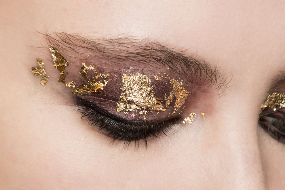 5 блискучих ідей для новорічного макіяжу