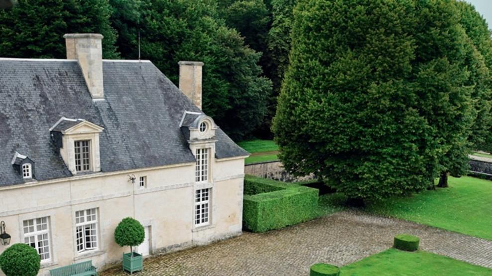 Как Юбер де Живанши обустроил свое поместье вблизи Парижа