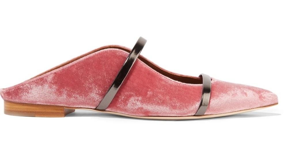 Такие нежности: 15 пар бархатных туфель