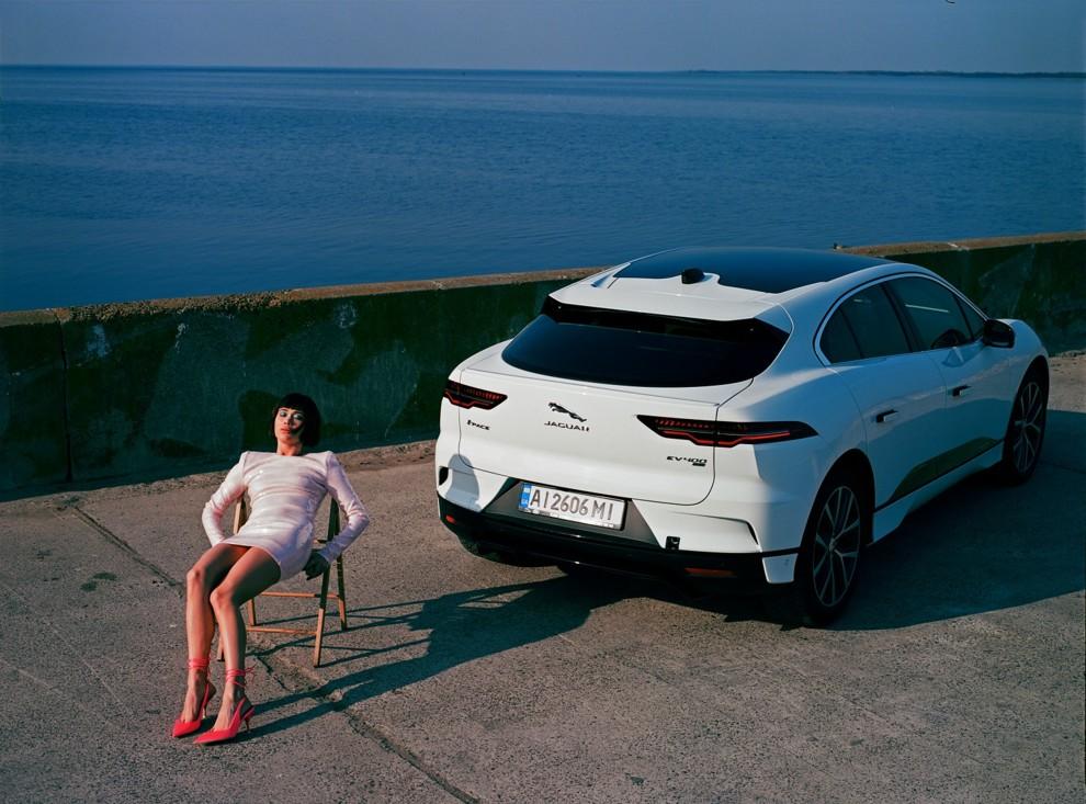 Співачка Lida Lee — про життя на швидкостях, усвідомленість та електрокар Jaguar