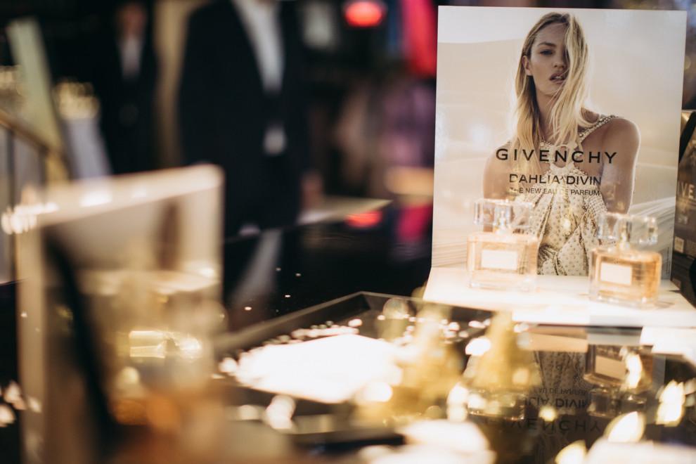 П'ять зірок: різдвяна колекція косметики Givenchy