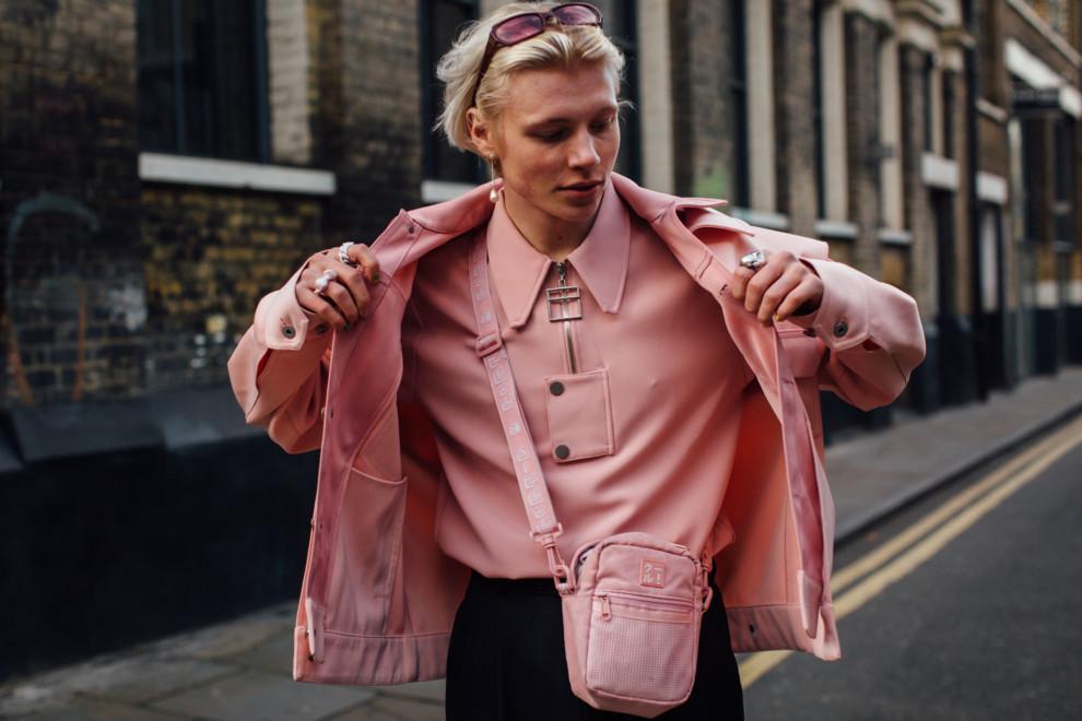 Включите яркость: стритстайл на Неделе мужской моды в Лондоне