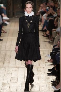 bb6c3a4019d Новая коллекция Valentino Couture. Коллекция женской мужской одежды ...