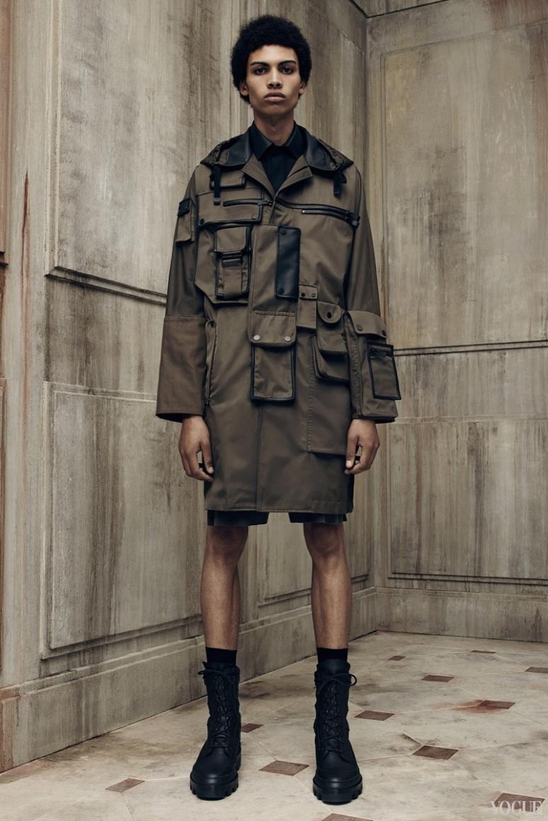 Balenciaga Menswear весна-лето 2016 #25