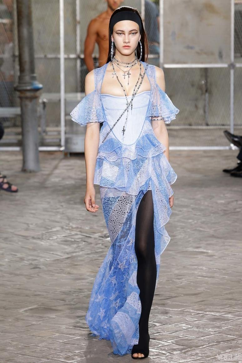 Givenchy Menswear весна-лето 2016 #35