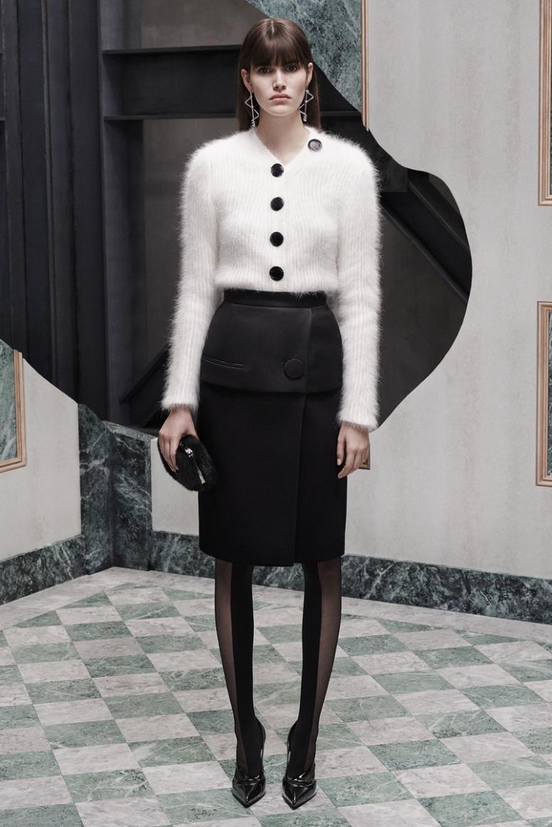Balenciaga Pre-Fall 2015 #15