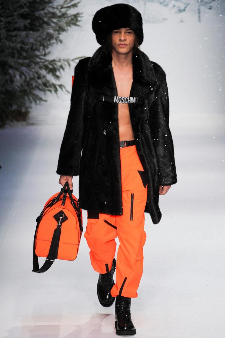 Moschino Menswear осень-зима 2015/2016 #32