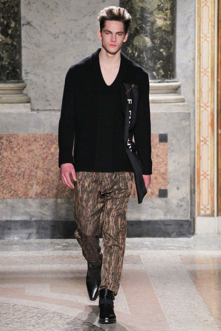 Roberto Cavalli Menswear осень-зима 2015/2016 #30