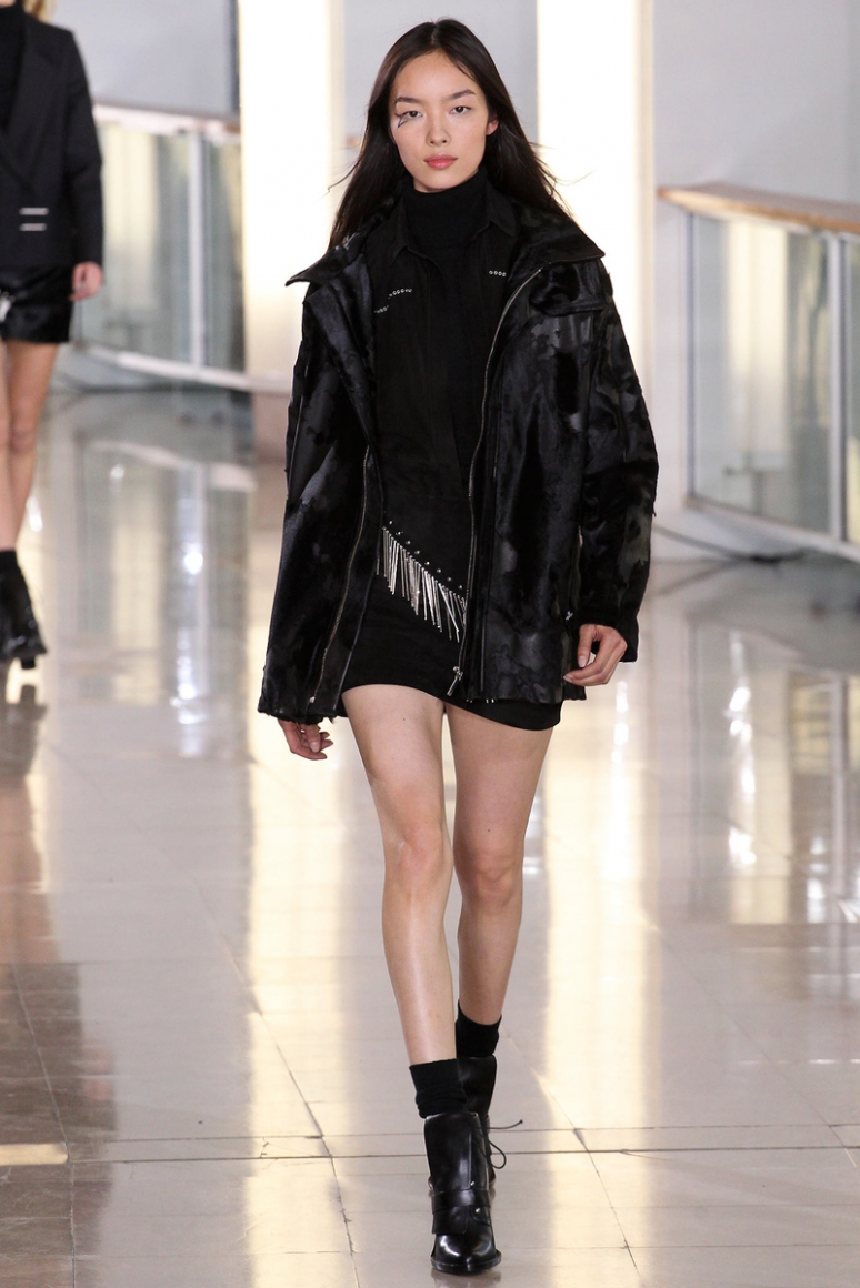 Anthony Vaccarello осень-зима 2015/2016 #9