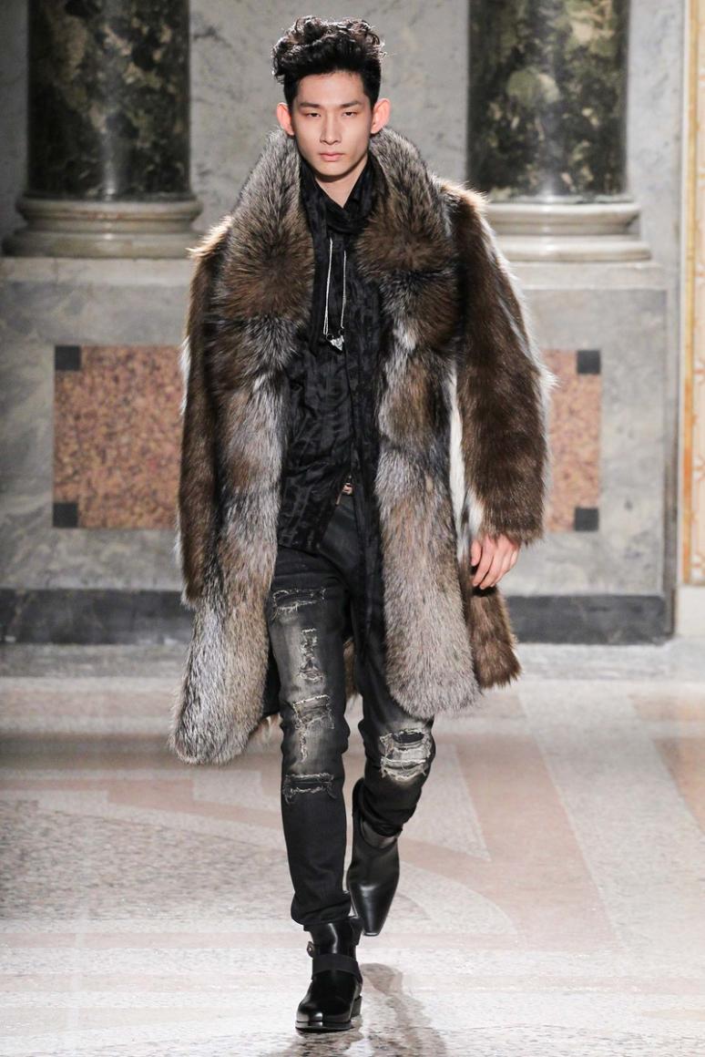 Roberto Cavalli Menswear осень-зима 2015/2016 #31