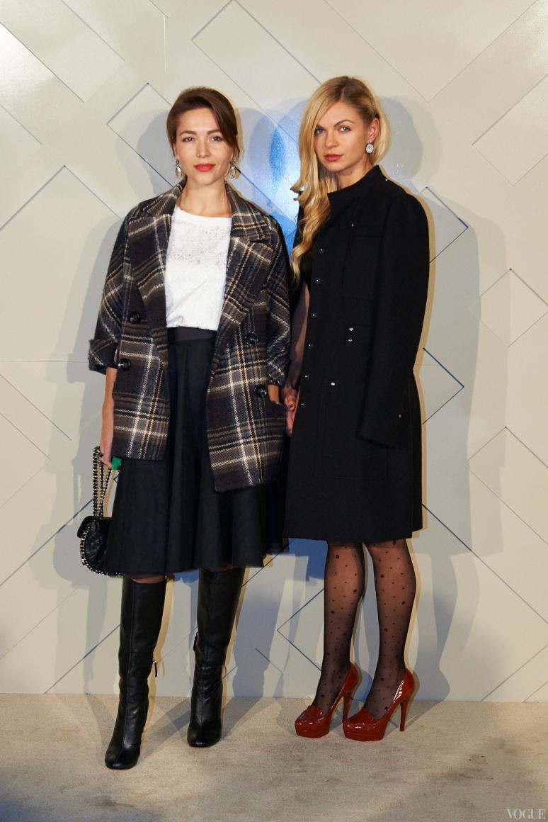 Мария Яслинская (слева)