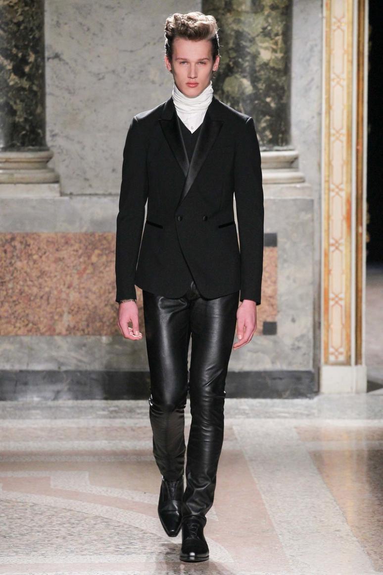 Roberto Cavalli Menswear осень-зима 2015/2016 #11