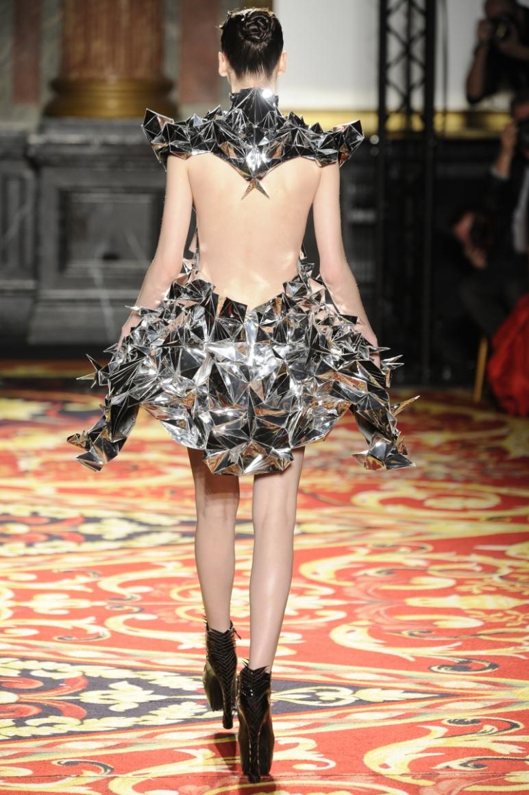 Iris Van Herpen Couture весна-лето 2013 #15