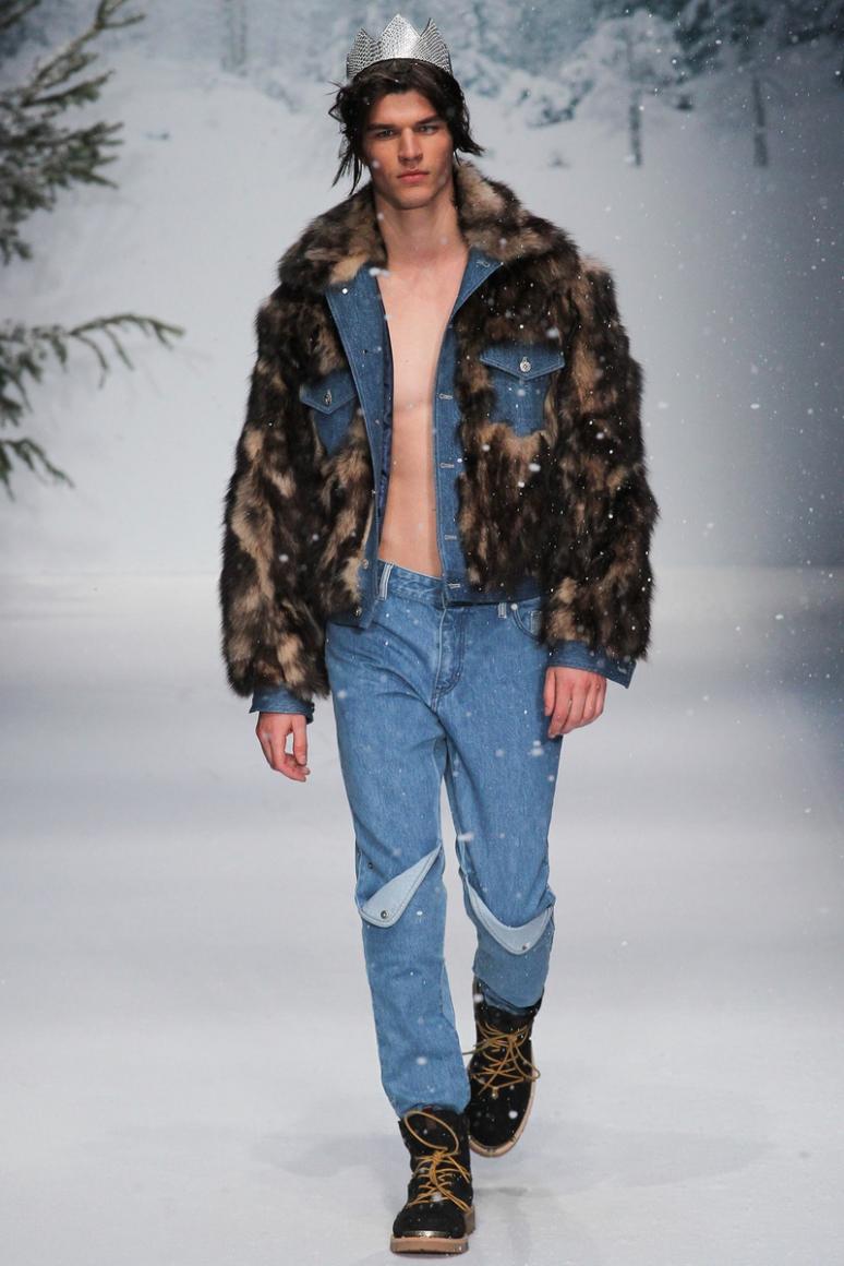 Moschino Menswear осень-зима 2015/2016 #48
