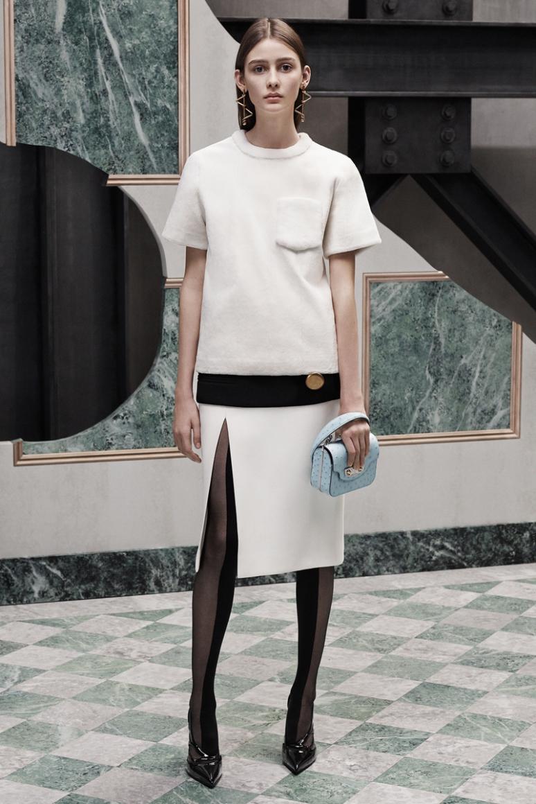 Balenciaga Pre-Fall 2015 #17