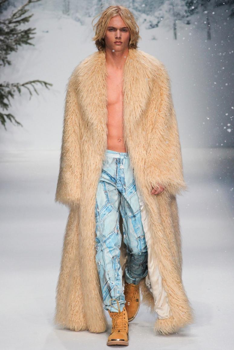 Moschino Menswear осень-зима 2015/2016 #53