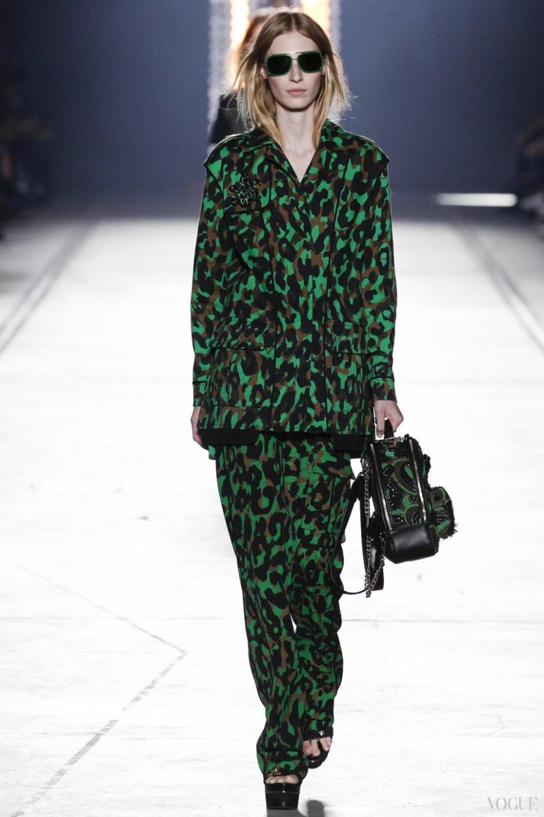 Versace весна-лето 2016 #48