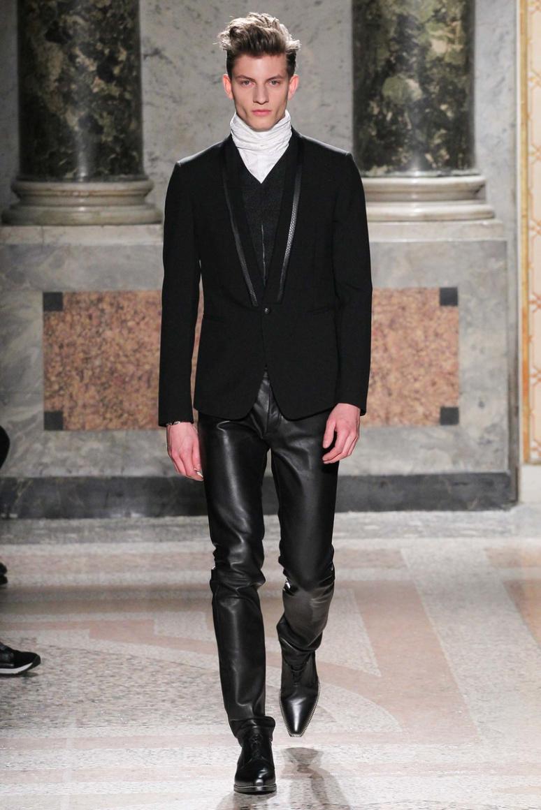 Roberto Cavalli Menswear осень-зима 2015/2016 #13