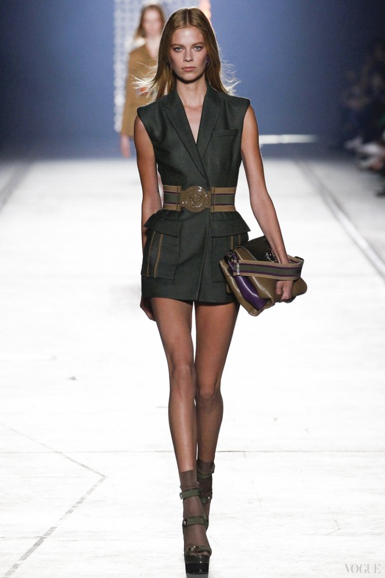 Versace весна-лето 2016 #55