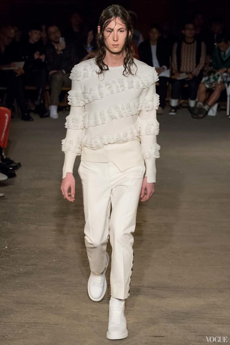 Alexander McQueen Menswear весна-лето 2016 #23