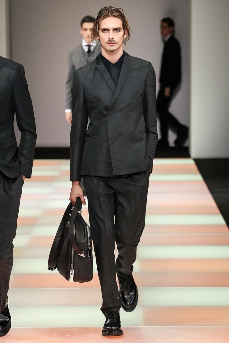 Emporio Armani Menswear осень-зима 2015/2016 #7