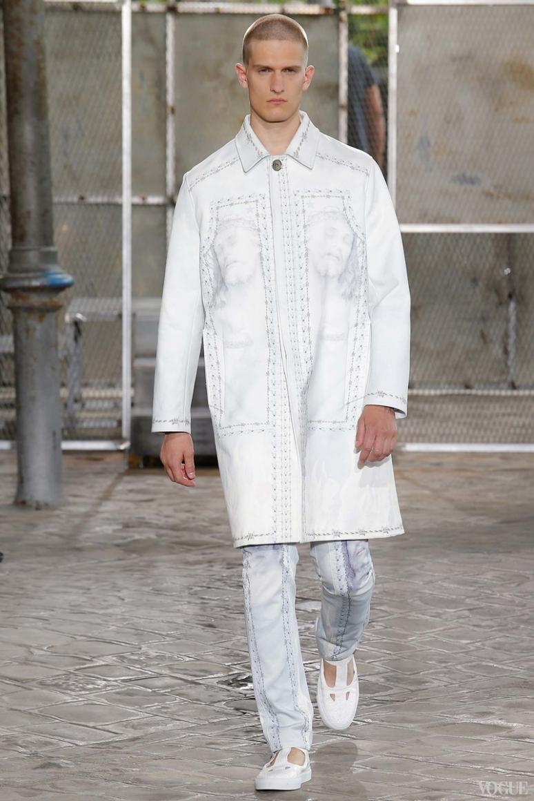 Givenchy Menswear весна-лето 2016 #17