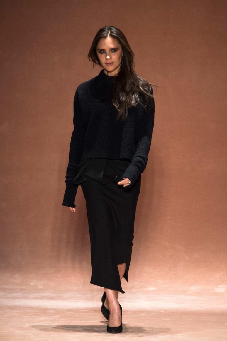 Victoria Beckham осень-зима 2015/2016 #1