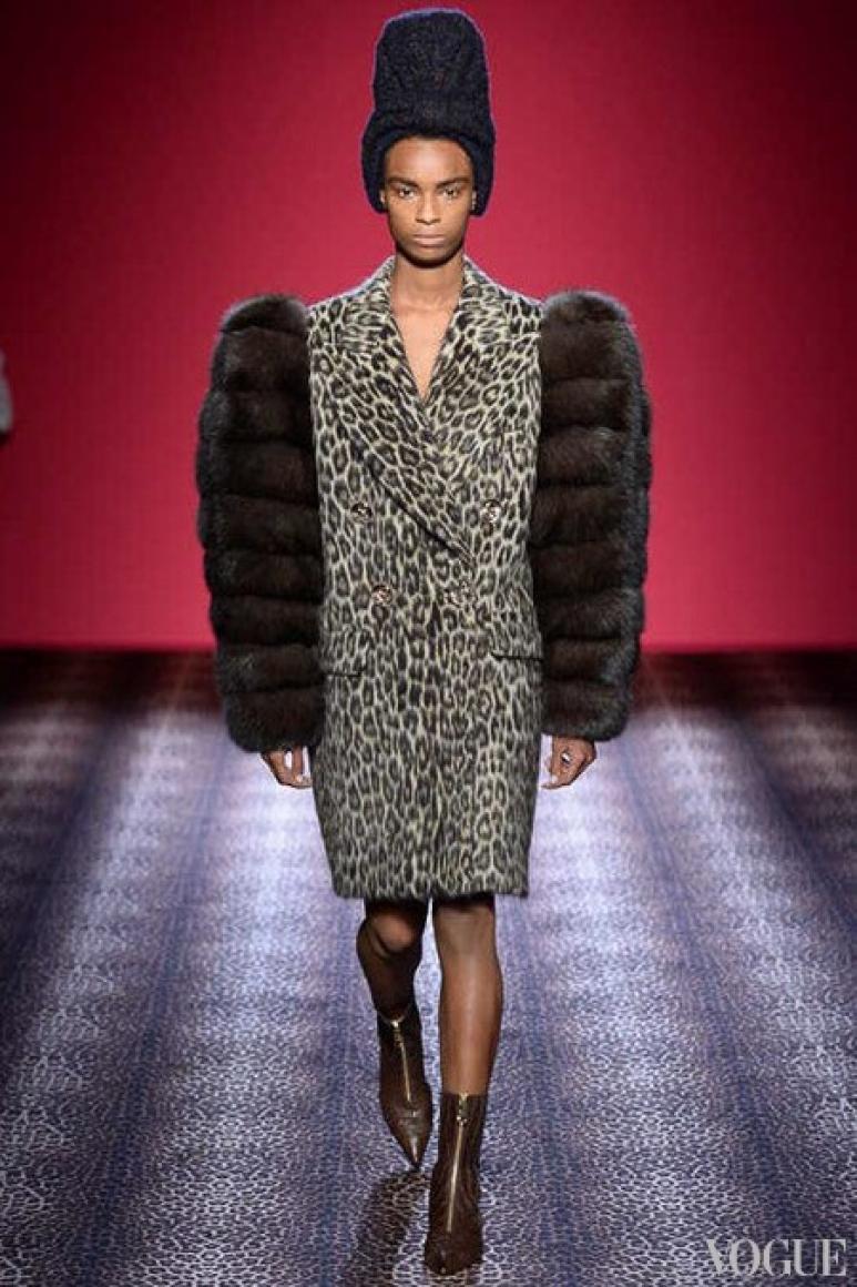 Schiaparelli Couture осень-зима 2014/2015 #24
