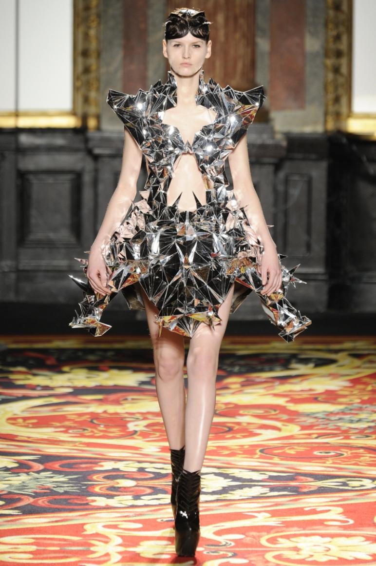 Iris Van Herpen Couture весна-лето 2013 #14