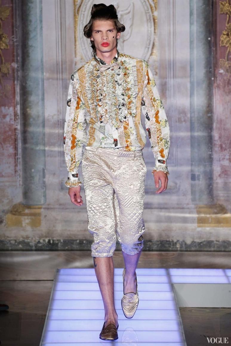 Moschino Menswear весна-лето 2016 #18