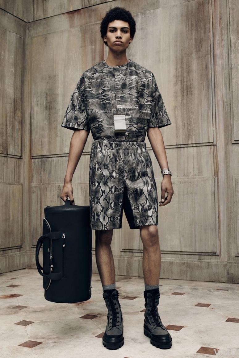 Balenciaga Menswear весна-лето 2016 #22