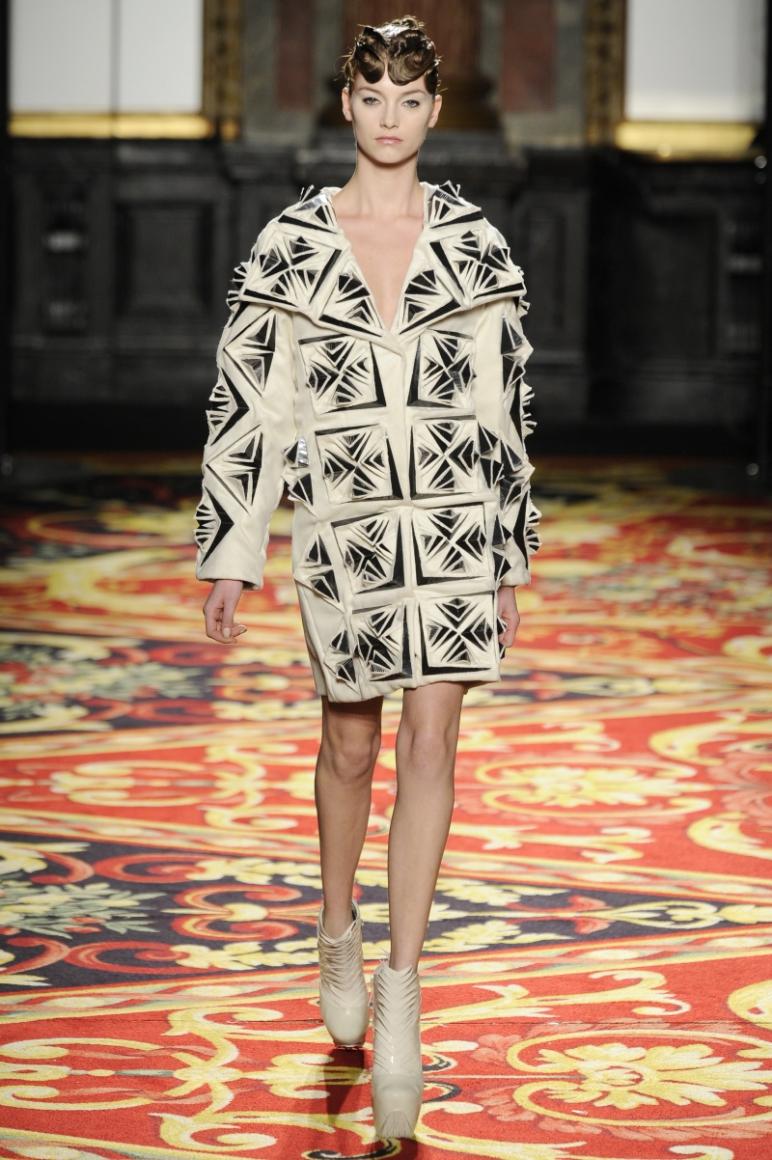 Iris Van Herpen Couture весна-лето 2013 #3