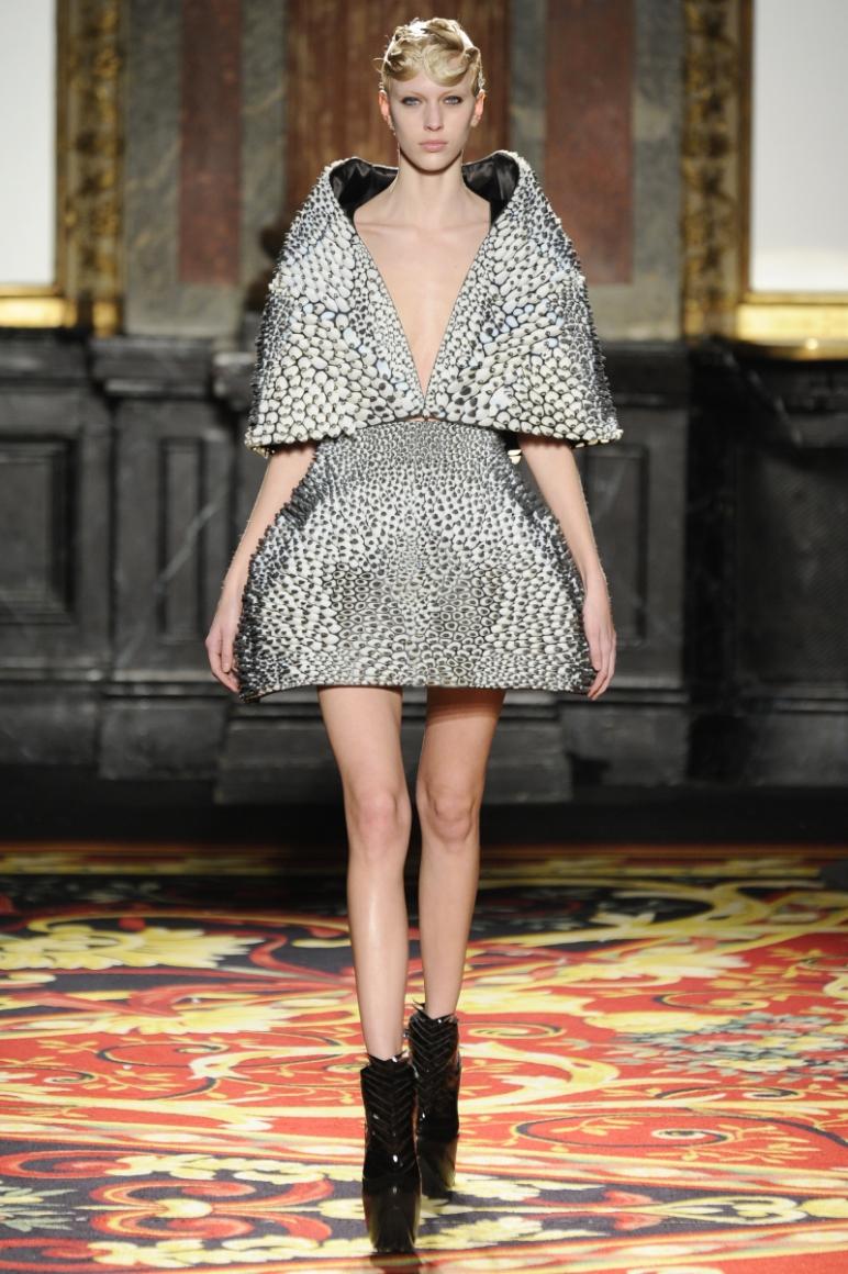 Iris Van Herpen Couture весна-лето 2013 #12