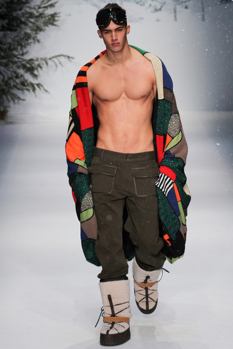 Moschino Menswear осень-зима 2015/2016 #57