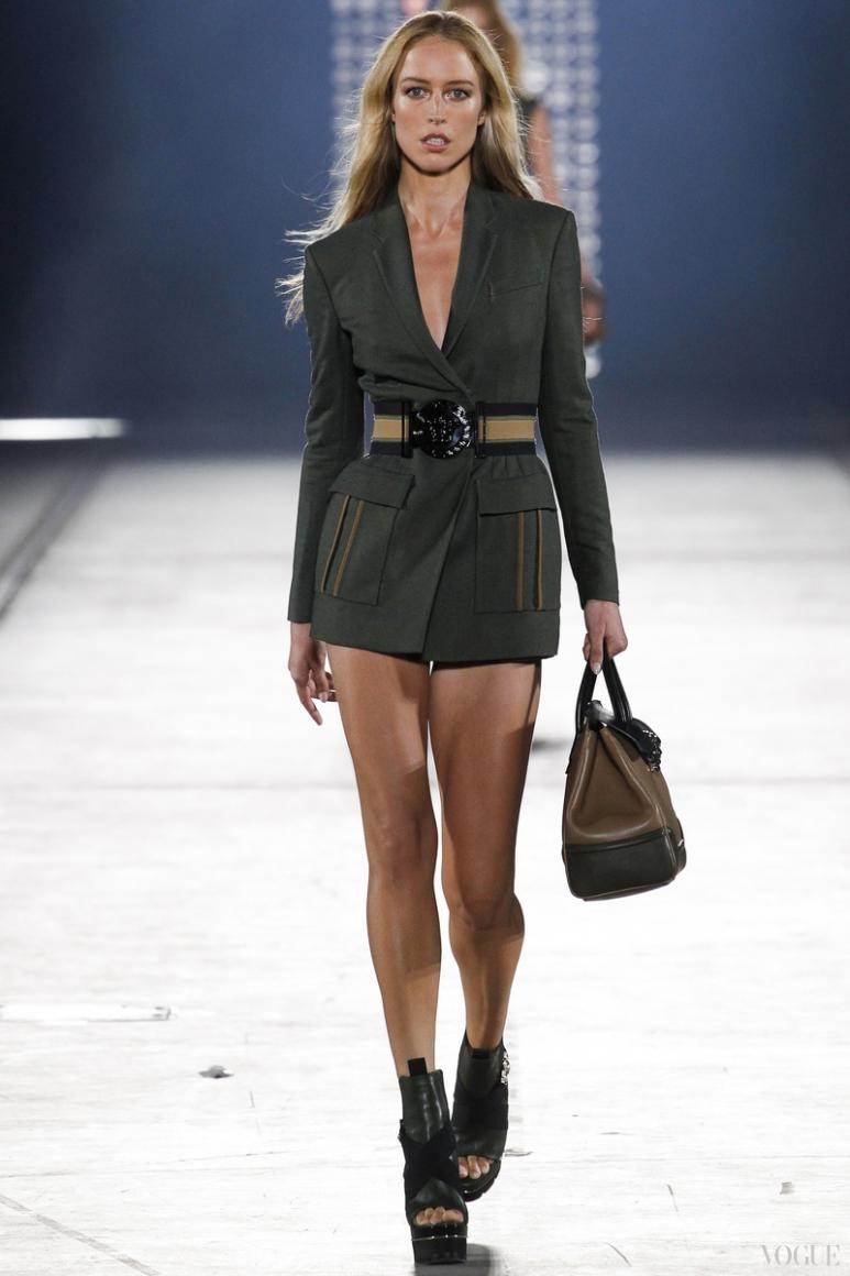 Versace весна-лето 2016 #56
