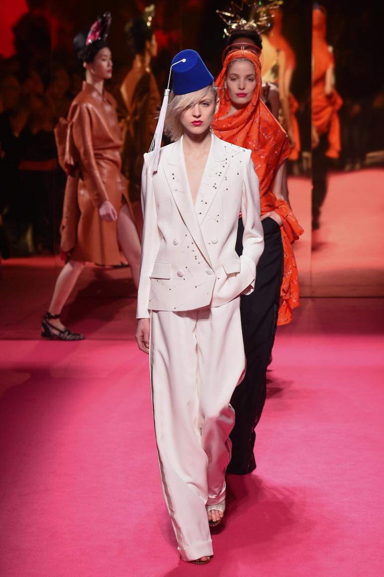 Schiaparelli Couture весна-лето 2015 #1