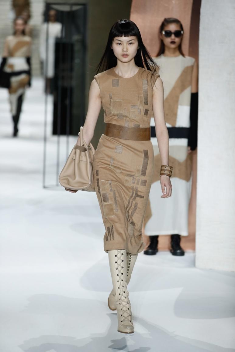 Max Com Fashion
