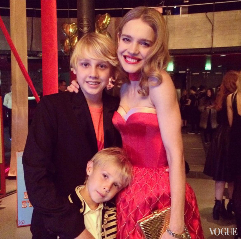 Наталья Водянова с сыновьями