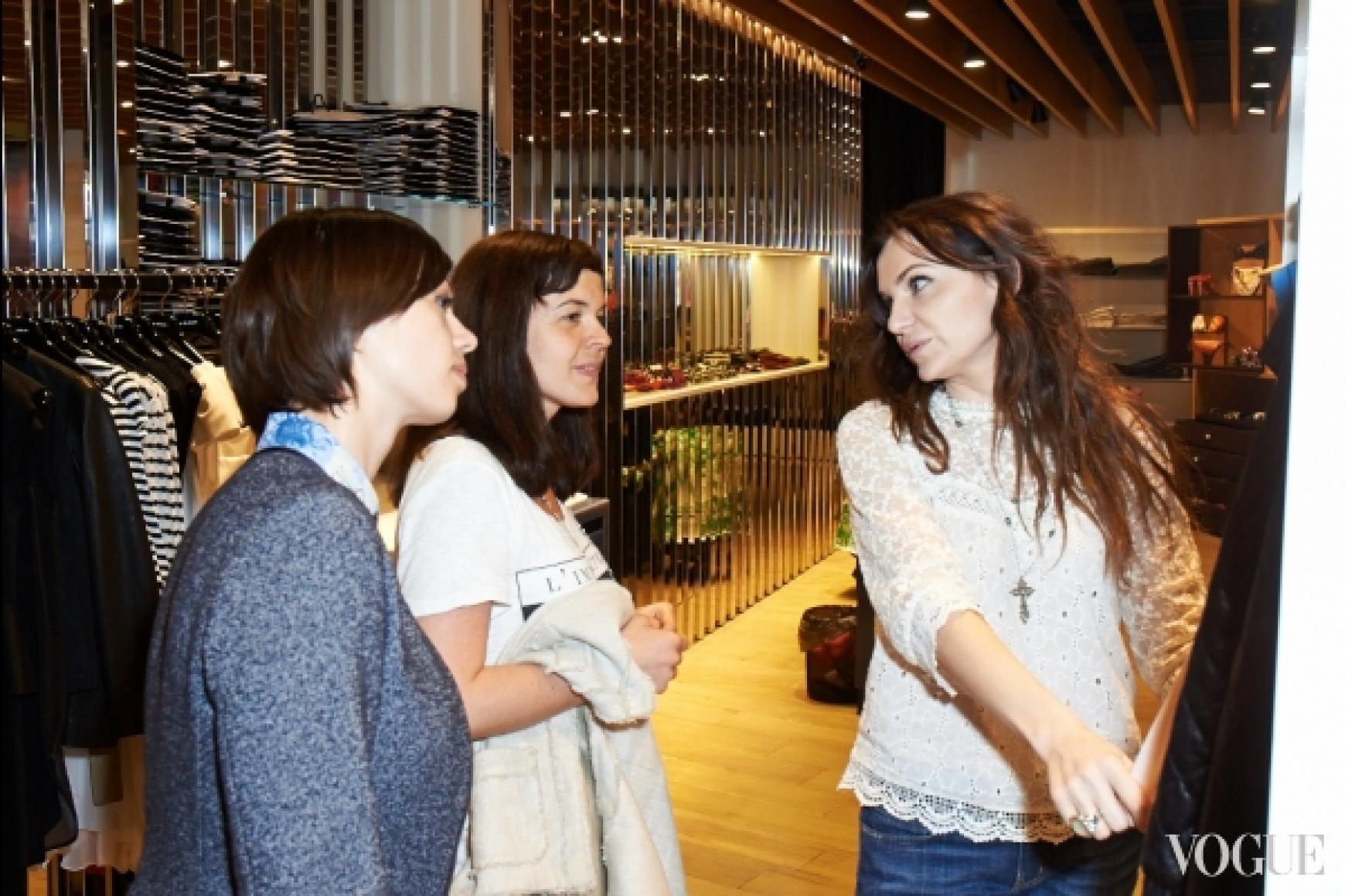 Ольга Слонь с клиентами