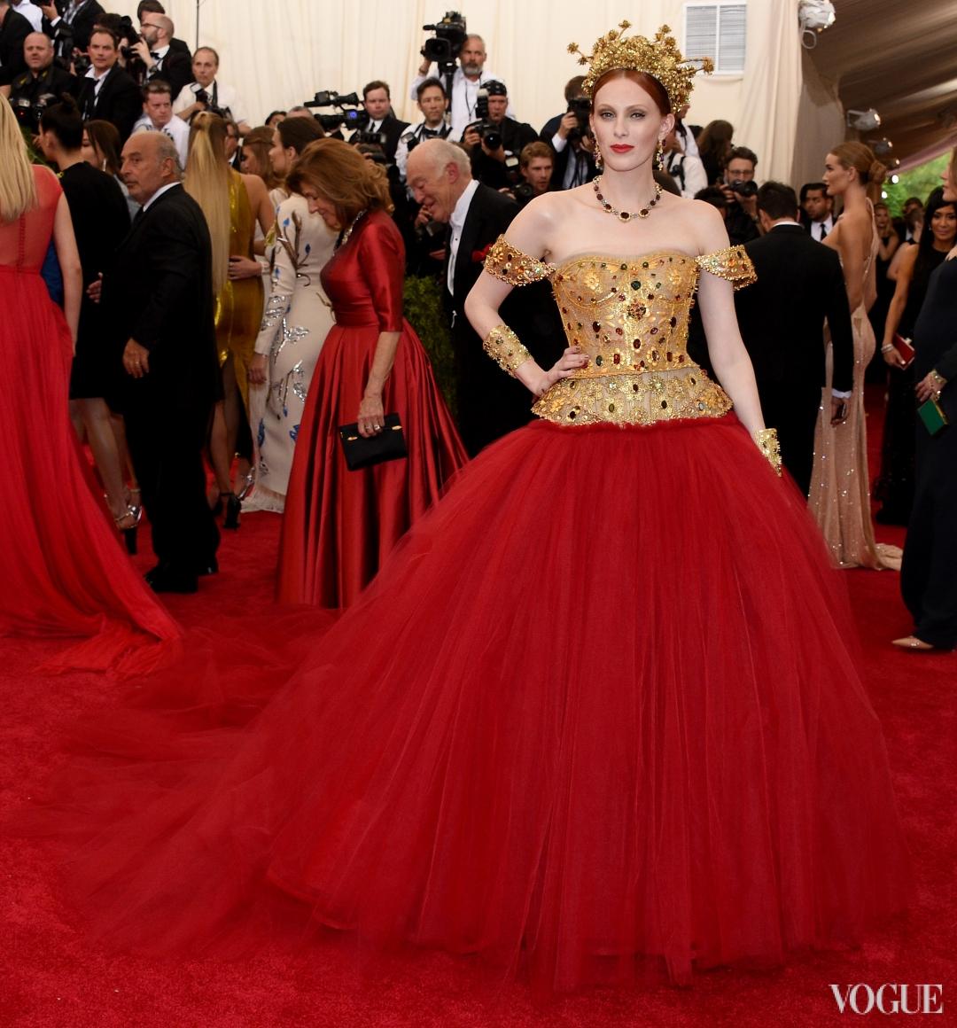 Карен Элсон в Dolce & Gabbana