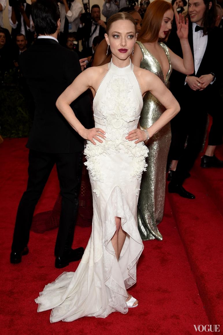 Аманда Сейфрид в Givenchy Haute Couture