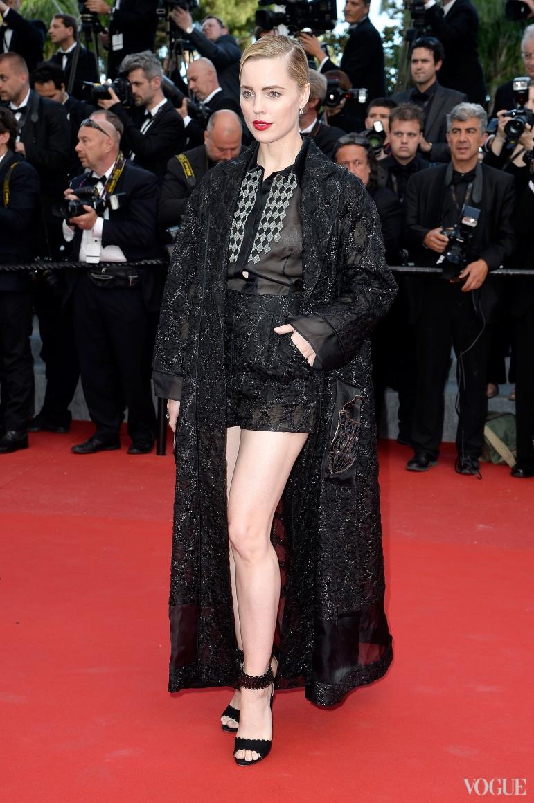 Мелисса Джордж в Schiaparelli Couture