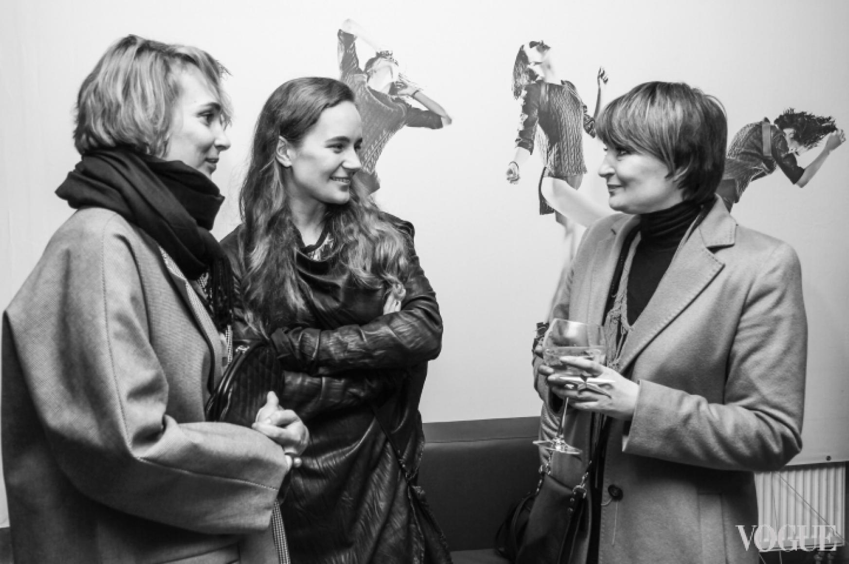 Ирина Данилевская (справа)