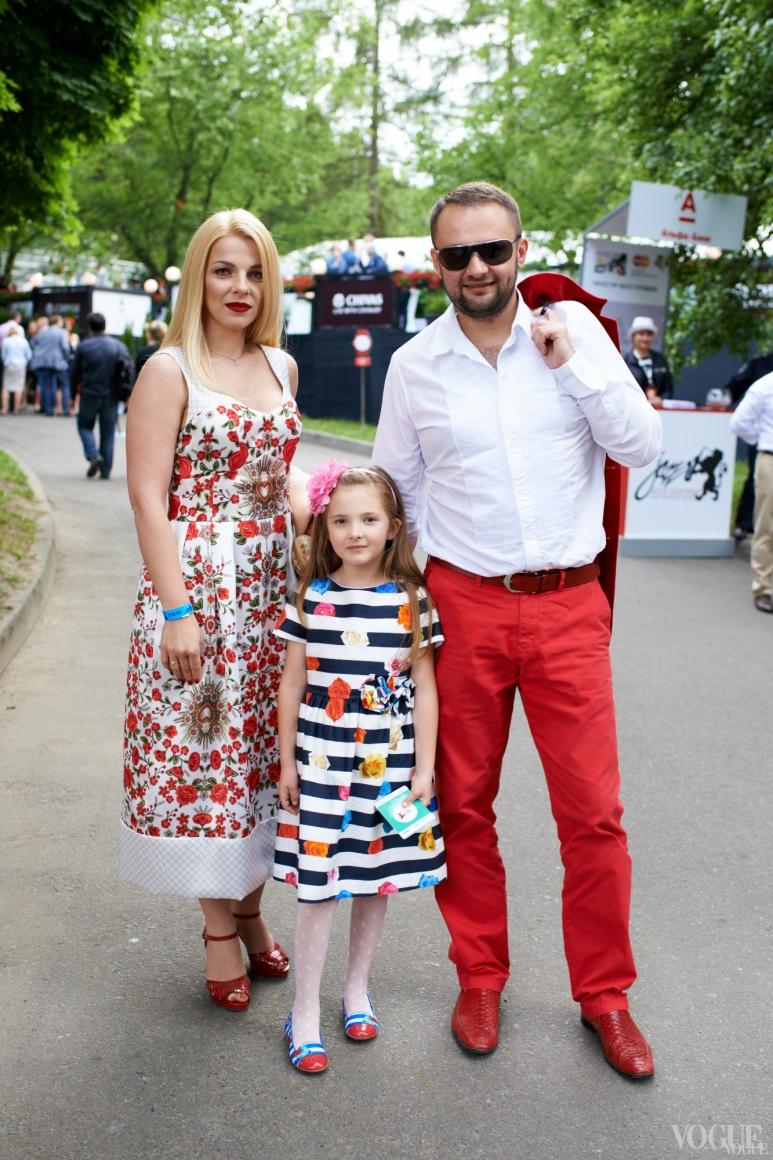 Андрей Худо с семьей