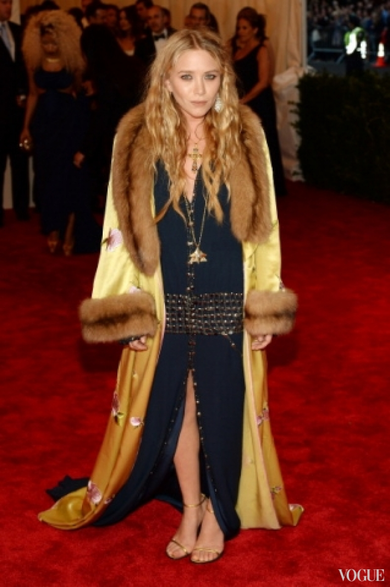Мэри-Кейт Олсен в винтажном платье Chanel